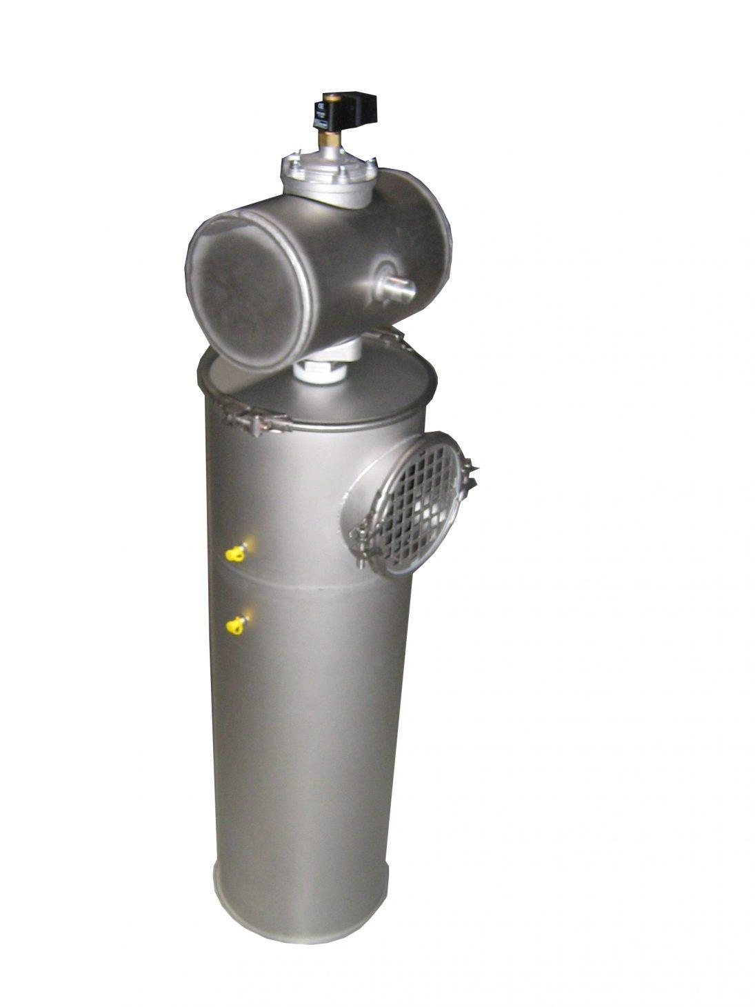Filtre ACM version en rehausse verticale, (filtre représenté ACM 45/120 -45 m²) Installé sur décompression silo charbon pulvérisé, construction résistante à 4 BARS (chaudière industrielle)